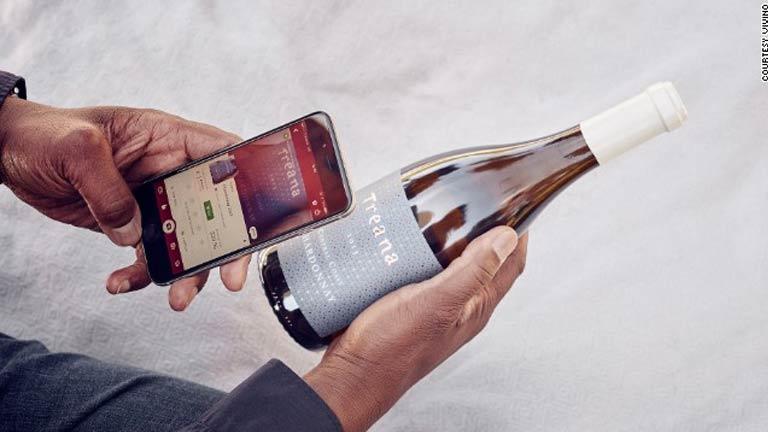 5 apps gratuitos que quem ama vinho deve ter no smartphone