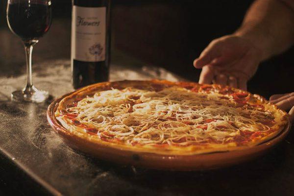 Como harmonizar vinho e pizza