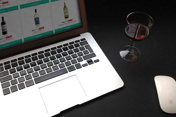 4 melhores sites para comprar vinho online e economizar!