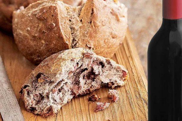 Receita: Pão de vinho com linguiça