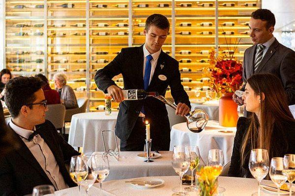 Como escolher o vinho ideal na carta de vinhos de um restaurante