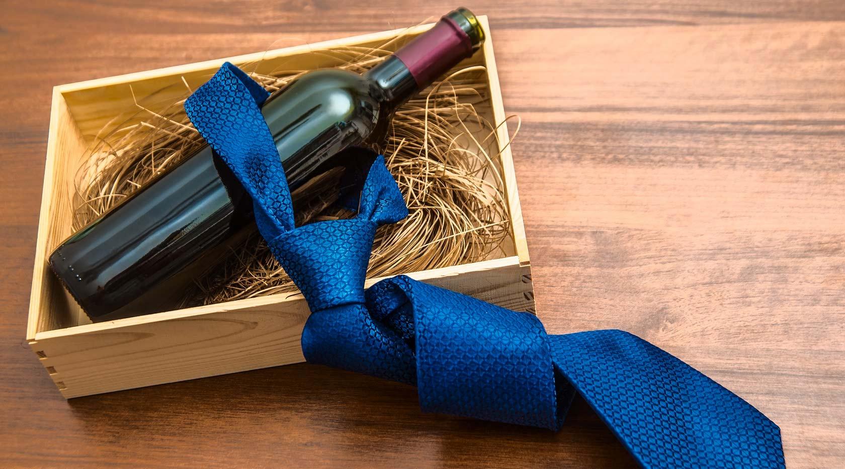 Kits com vinhos para presentear seu pai